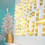 24-diy-christmas-lights-decoration-ideas-homebnc