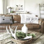 24-farmhouse-living-room-design-and-decor-ideas-homebnc