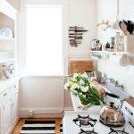 24-small-kitchen-decor-design-ideas-homebnc