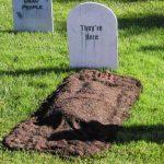 25-backyard-graves-homebnc