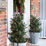 25-christmas-porch-decoration-ideas-homebnc