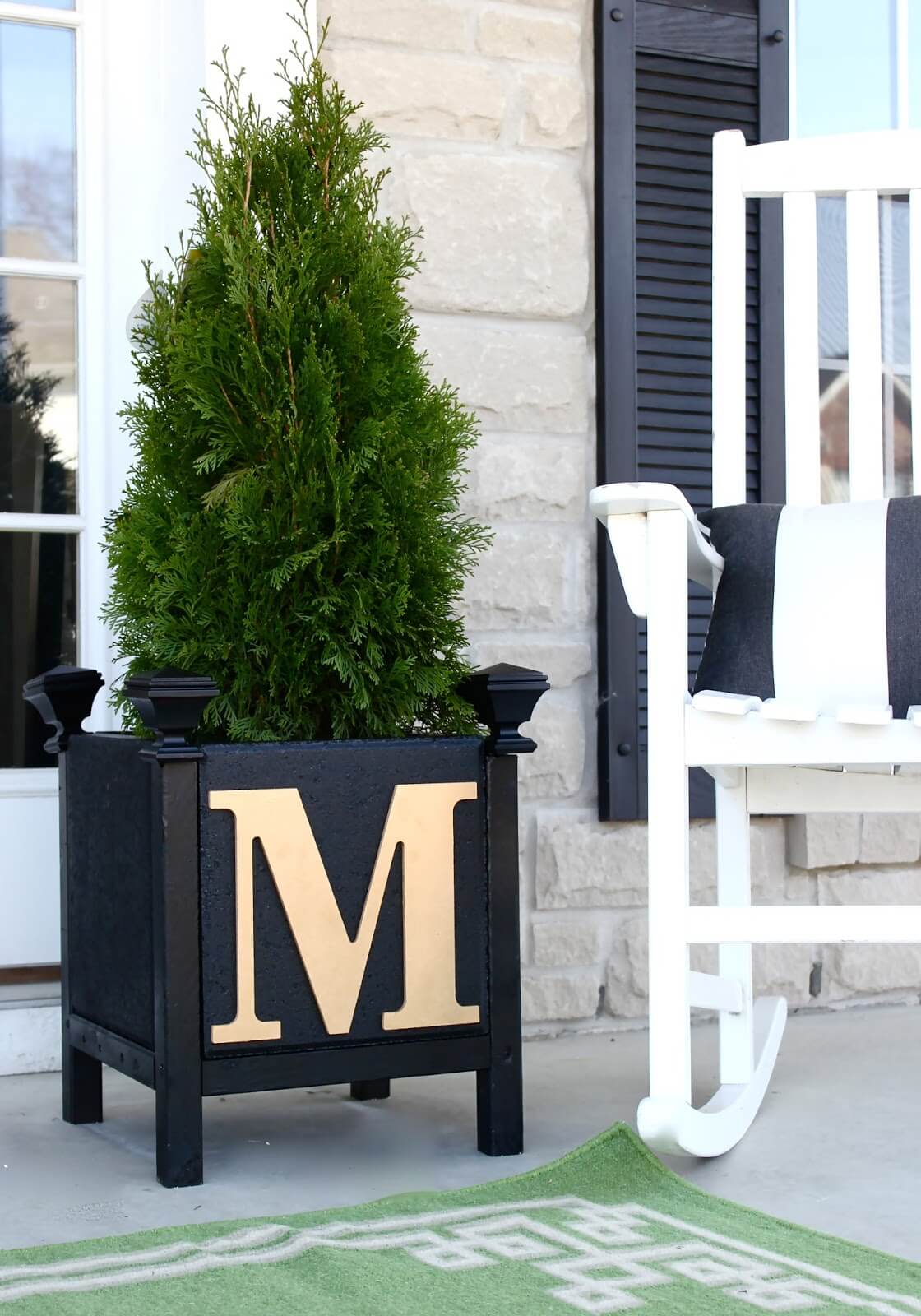 Customized Initial Concrete Planter DIY Project