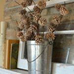 25-rustic-winter-decor-ideas-after-christmas-homebnc
