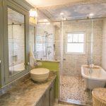 25-wet-room-blue-skies-homebnc