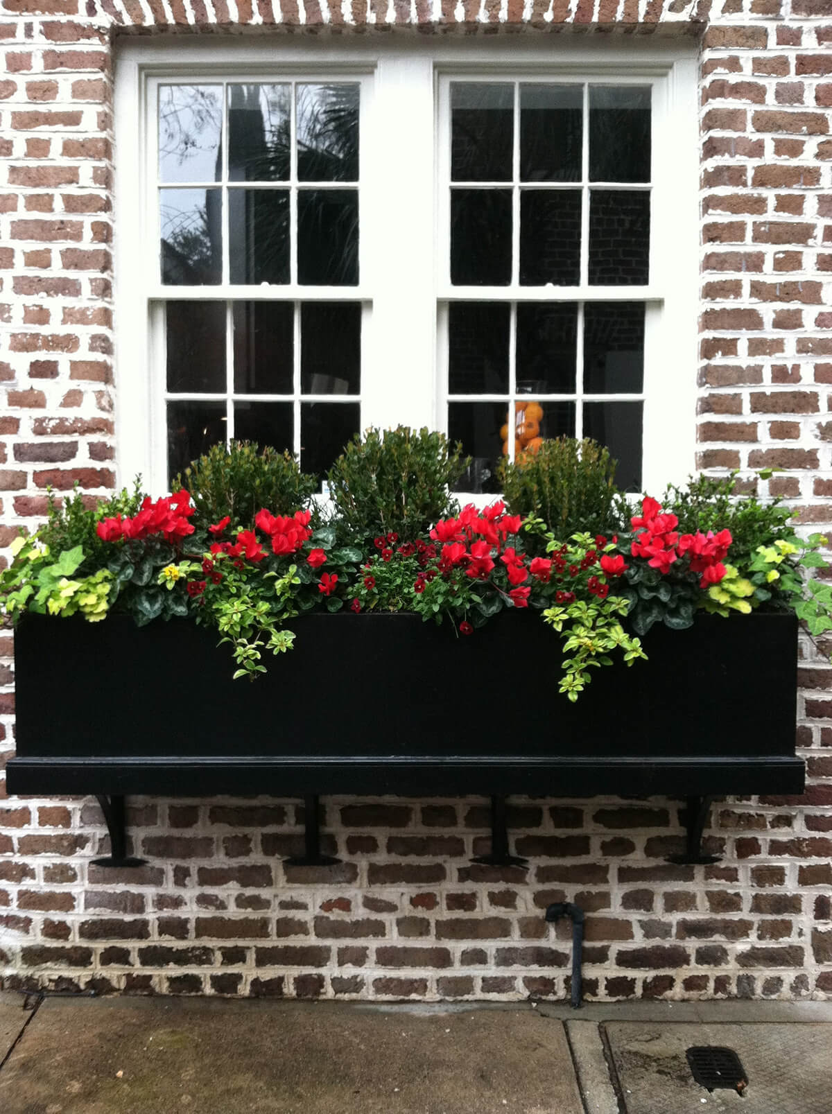 26 Window Box Planter Ideas To Brighten Up Your Home From The