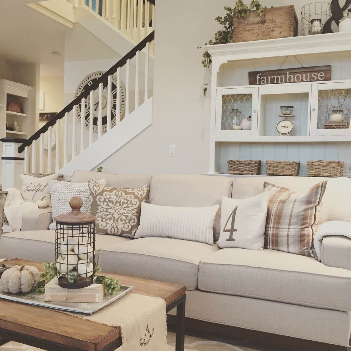 Relaxed Livingroom with Folksy Display Hutch