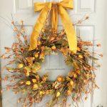 26_fall-door-wreath-ideas-homebnc-1