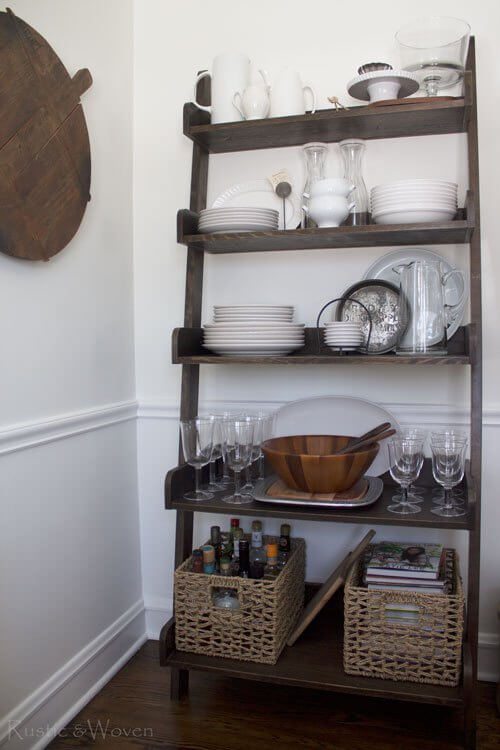 Sweet and Simple Staggered Shelf