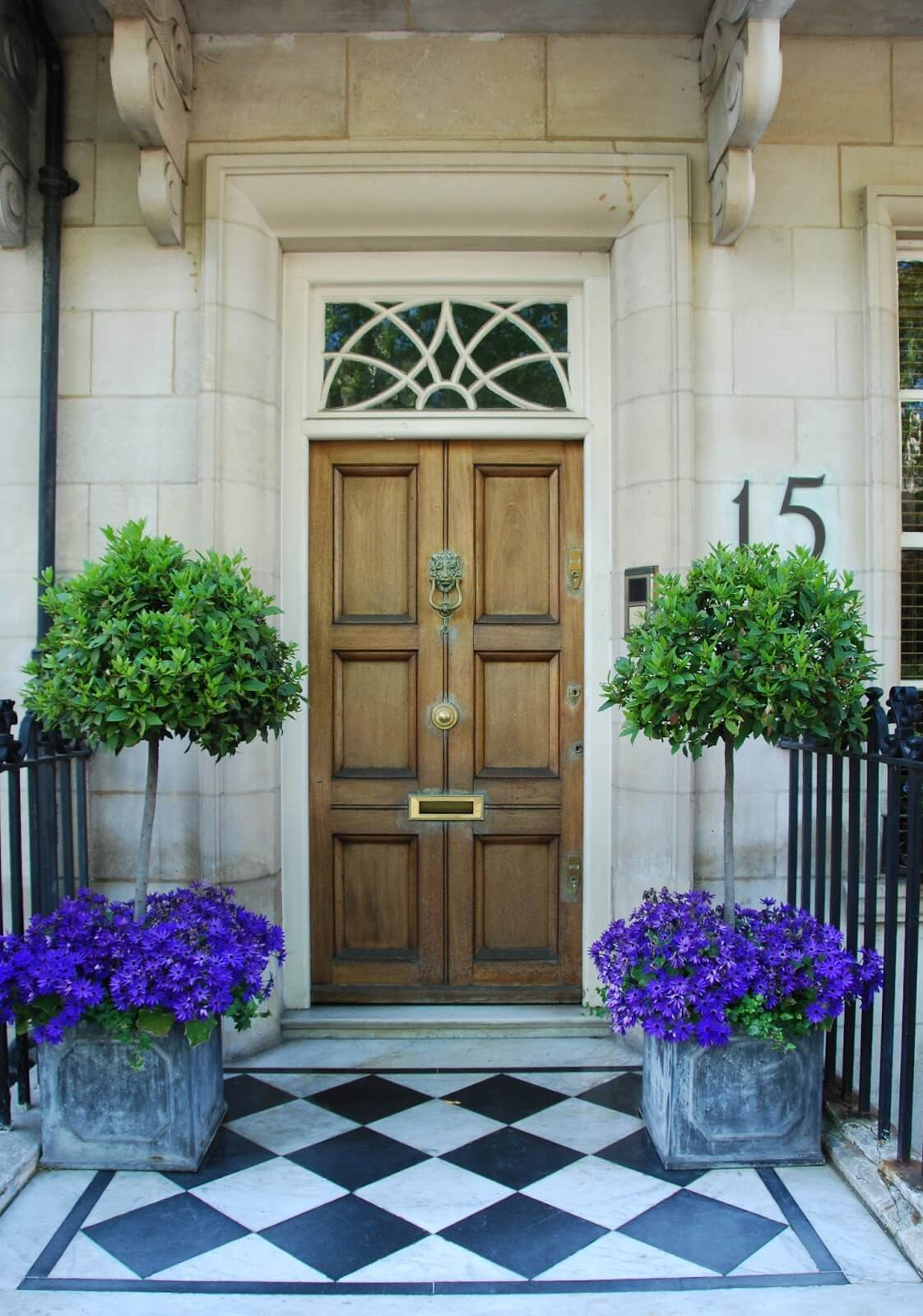 Chic Flower and Tree Porch Pots