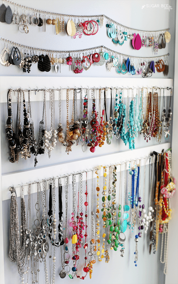Eye-Catching Wall of Jewelry Accent