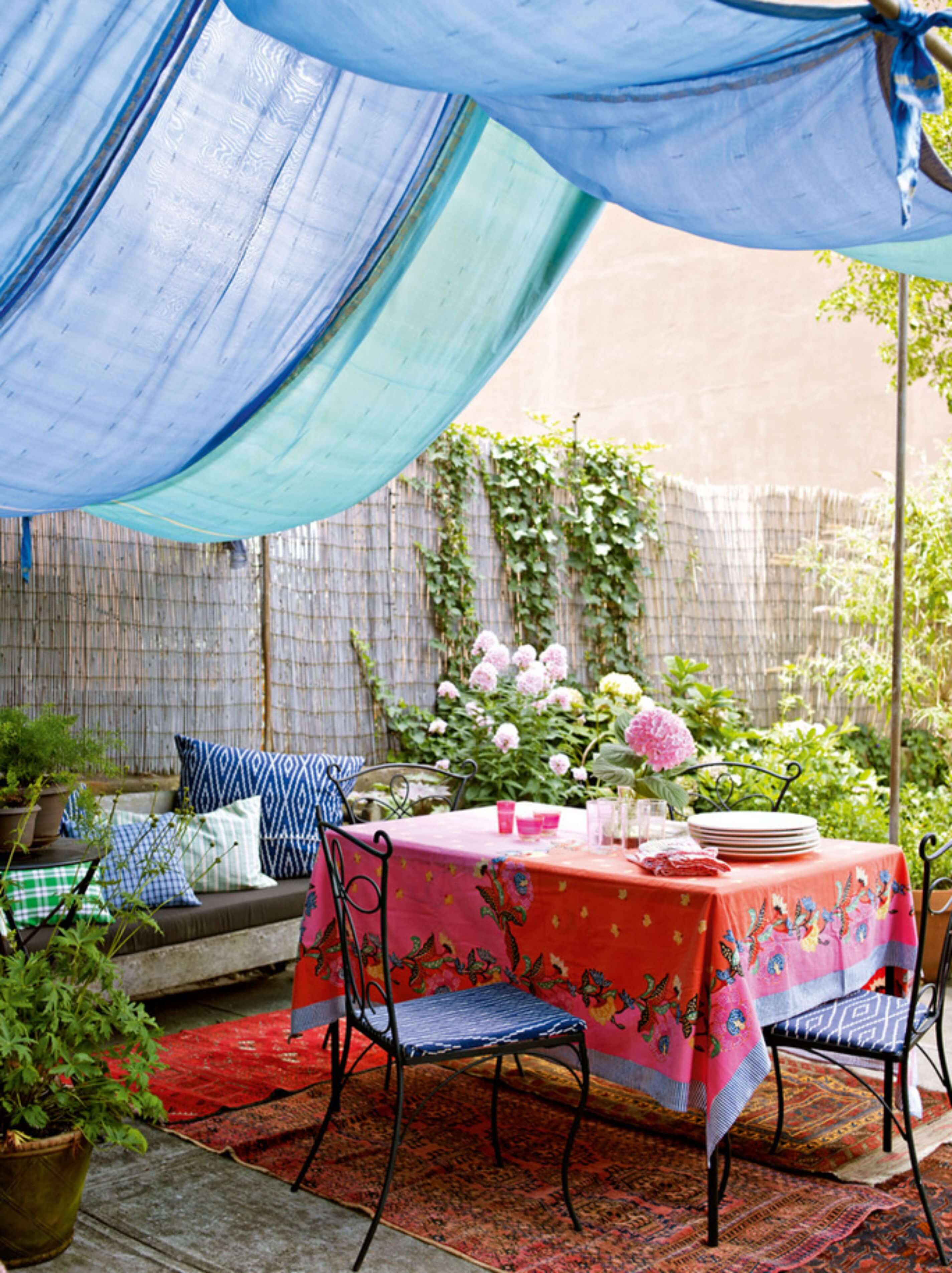 Billowy Fabrics Provide Shade and a Color Pop