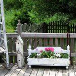27-rustic-spring-porch-decor-ideas-homebnc
