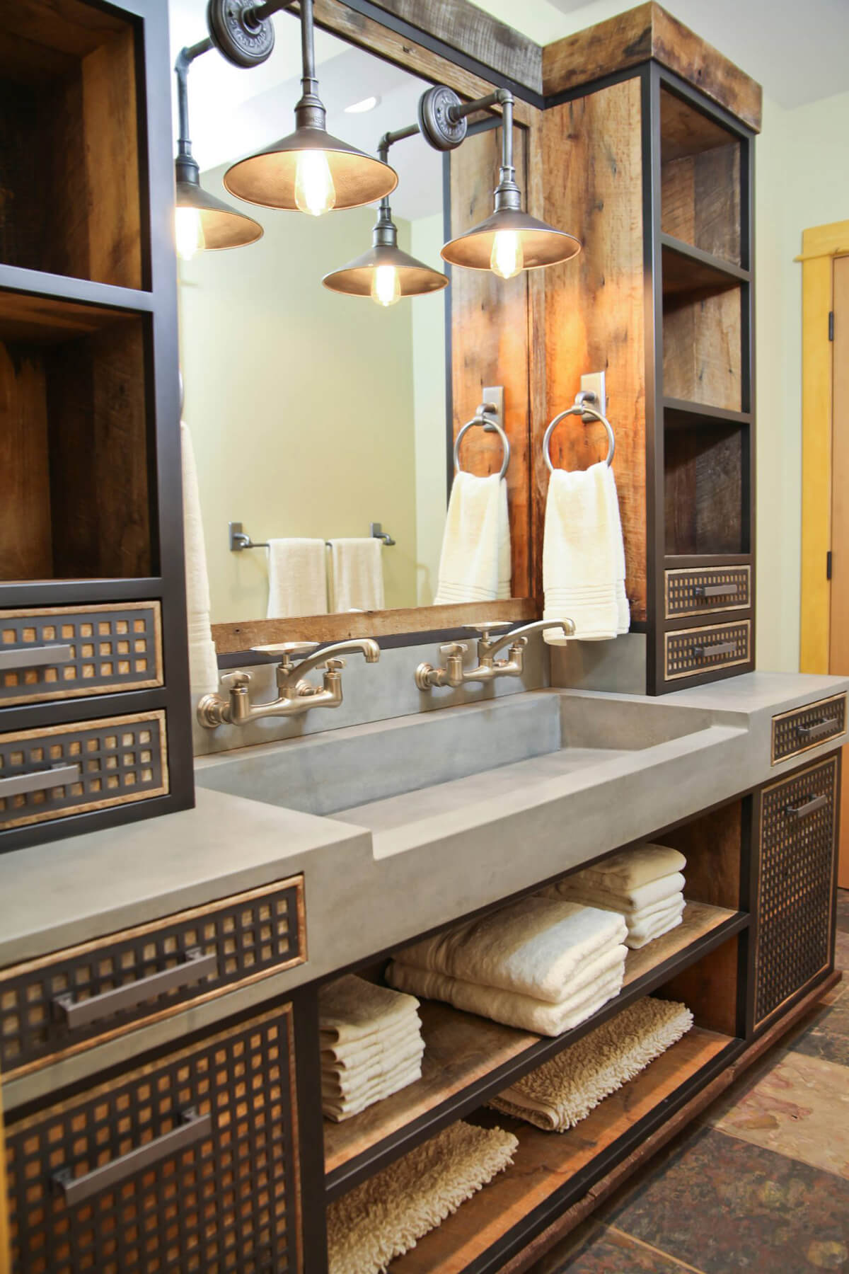 Sink Set into the Countertop