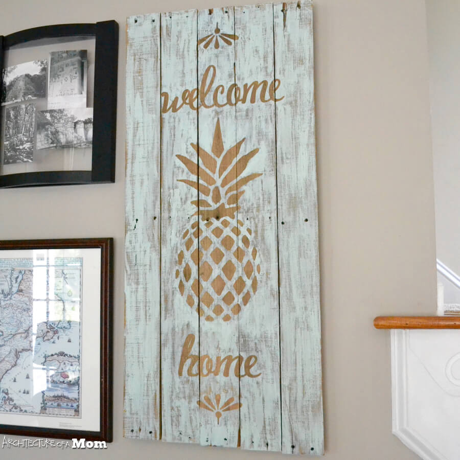 Welcome Home Pineapple Pallet Art