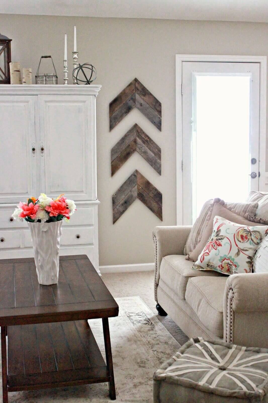 Cool Country Barn Wood Chevron Design