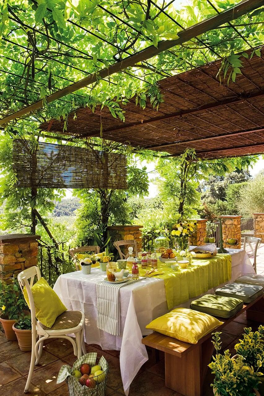 Orchard Ambiance Thatched Pergola