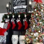 28-red-christmas-decor-ideas-homebnc