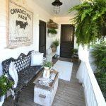 28-rustic-farmhouse-porch-decor-ideas-homebnc