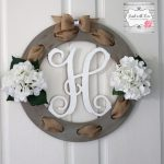 28-rustic-spring-porch-decor-ideas-homebnc