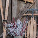 28-rustic-winter-decor-ideas-after-christmas-homebnc