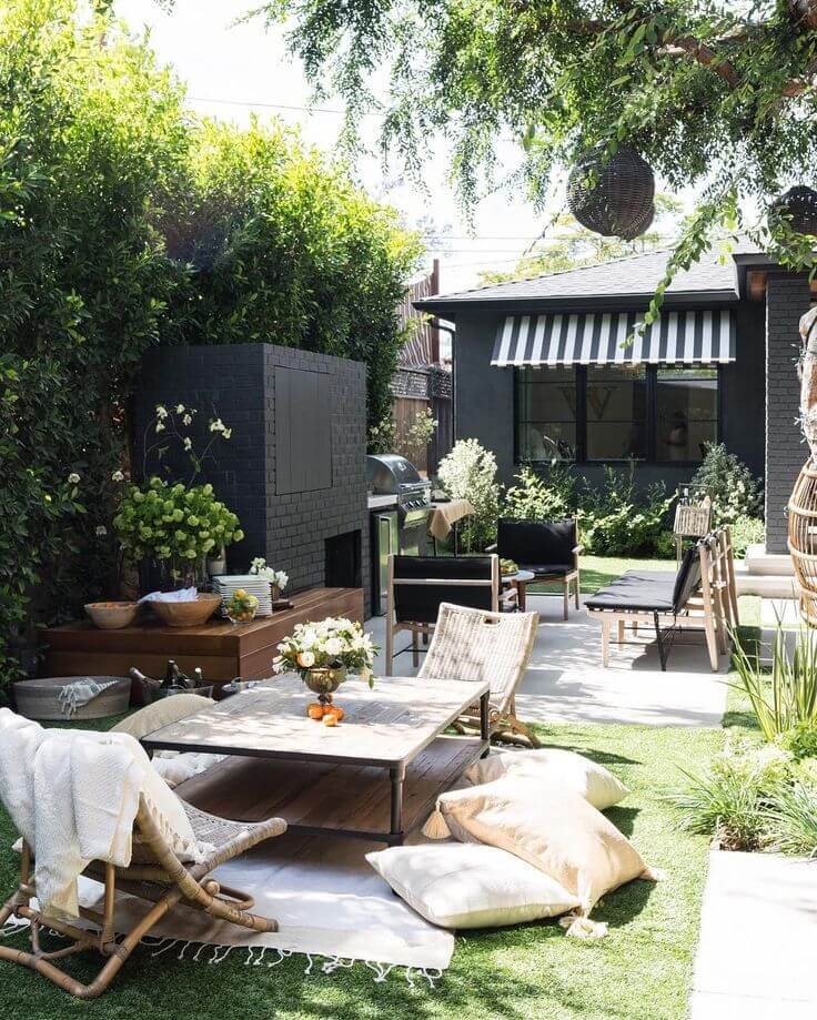 Inviting Outdoor Seating Arrangement with Low Tables