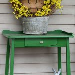 29-rustic-spring-porch-decor-ideas-homebnc