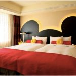 29-shoestring-budget-perfection-disney-room-idea-homebnc