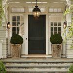 30-farmhouse-front-door-ideas-homebnc