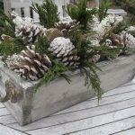 30-outdoor-holiday-planter-ideas-homebnc