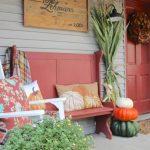 30-porch-wall-decor-ideas-homebnc