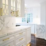 31-elfish-beauty-white-cabinets-homebnc