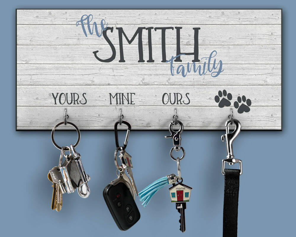 Customizable Family Entryway Key Hanger