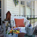 31-rustic-spring-porch-decor-ideas-homebnc