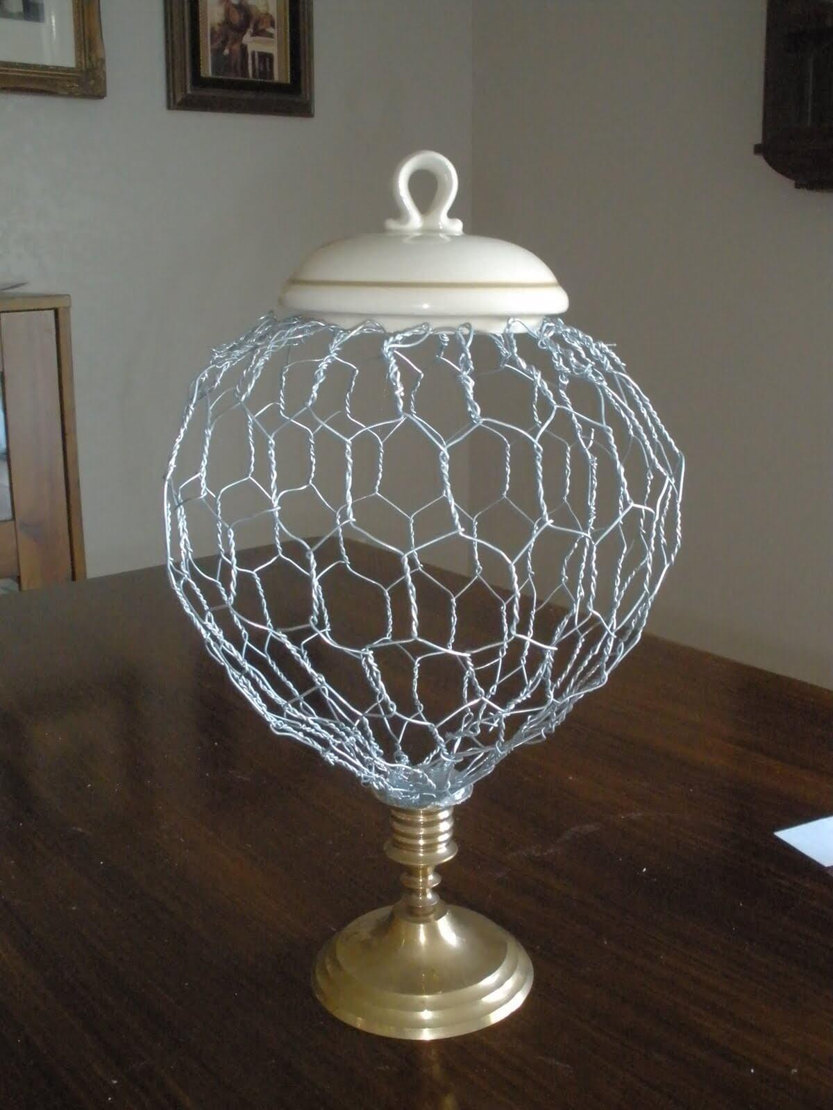 Make Your Own Globe Centerpiece