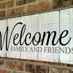32-porch-wall-decor-ideas-homebnc