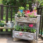 33-dressing-up-old-dresser-drawers-vertical-gardens-homebnc