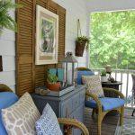 33-porch-wall-decor-ideas-homebnc