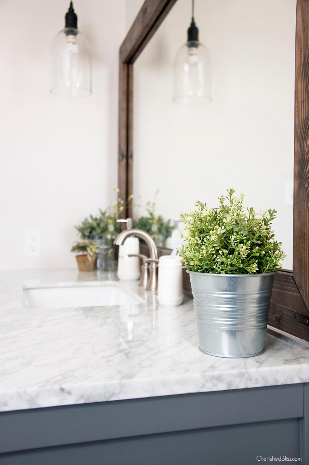 Metal Bucket Flower Planter Bathroom Decorations