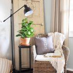 34-farmhouse-furniture-decor-ideas-homebnc