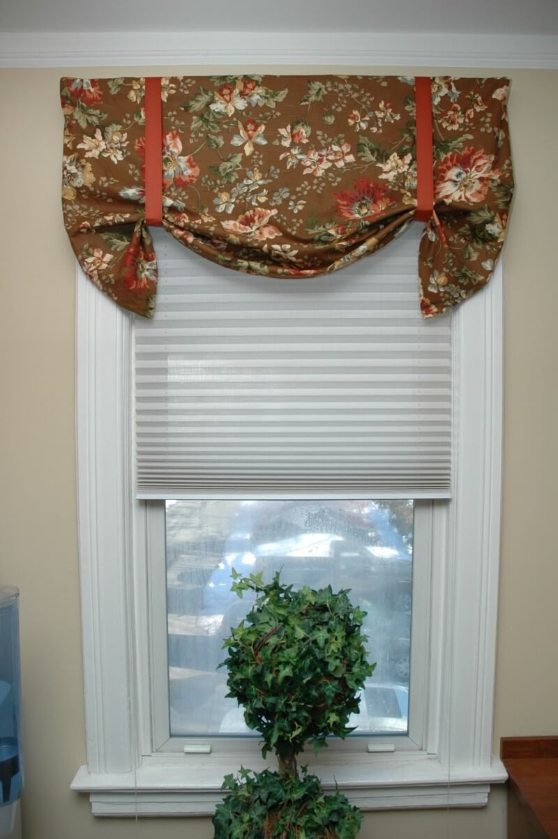 Simple Tie-up Curtains are Easy to Make