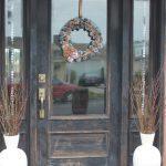 35-farmhouse-front-door-ideas-homebnc