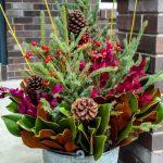 35-outdoor-holiday-planter-ideas-homebnc