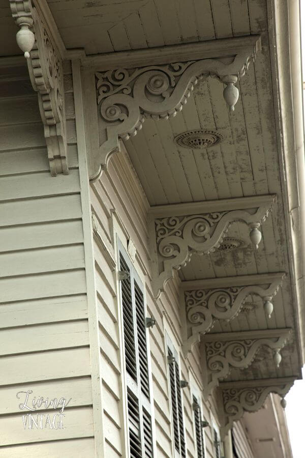 Exceptional Victorian Architecture for Eaves