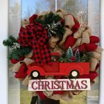 37-red-christmas-decor-ideas-homebnc