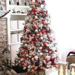 38-red-christmas-decor-ideas-homebnc