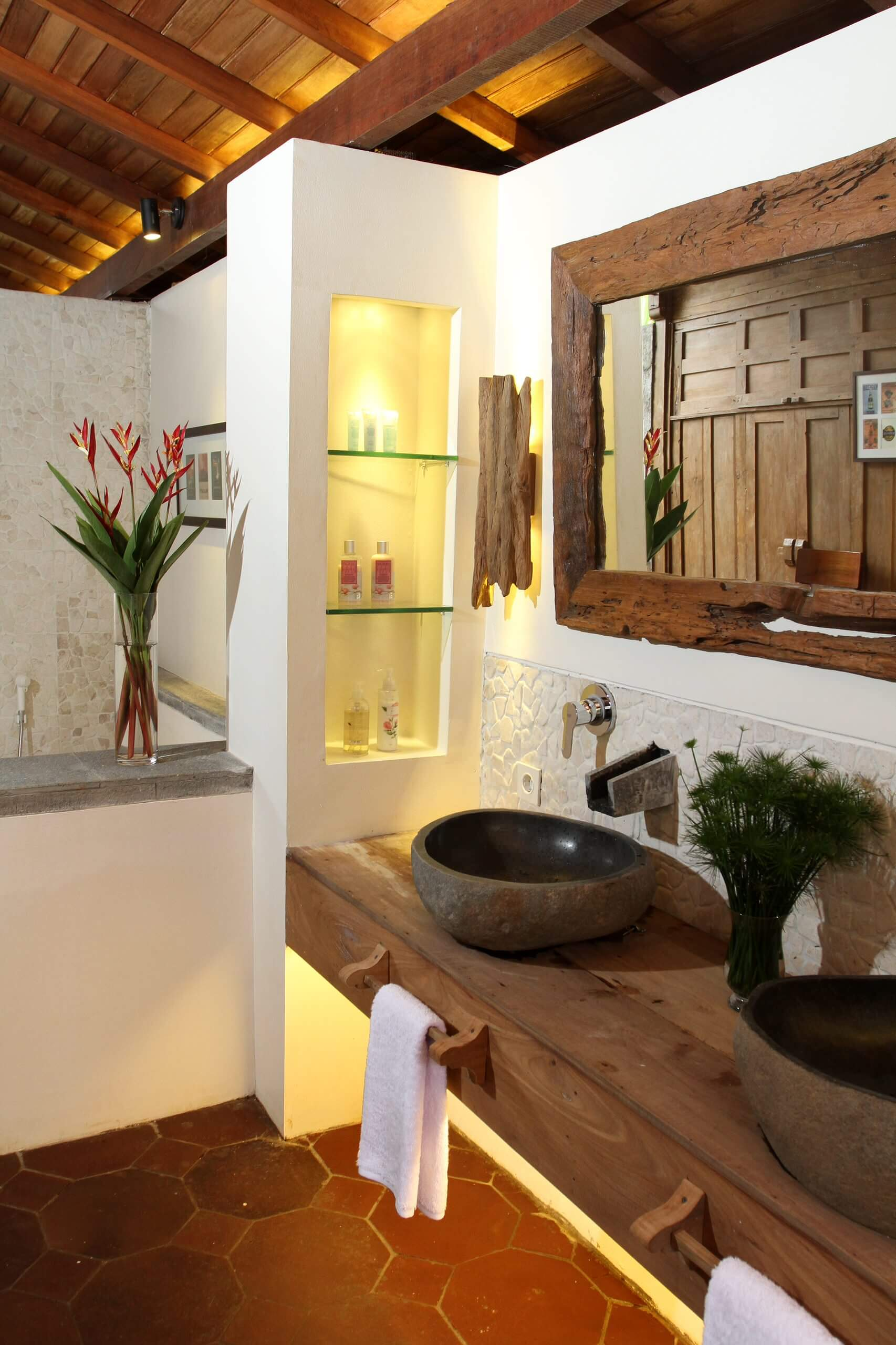 A Rustic Spa Bathroom Concept