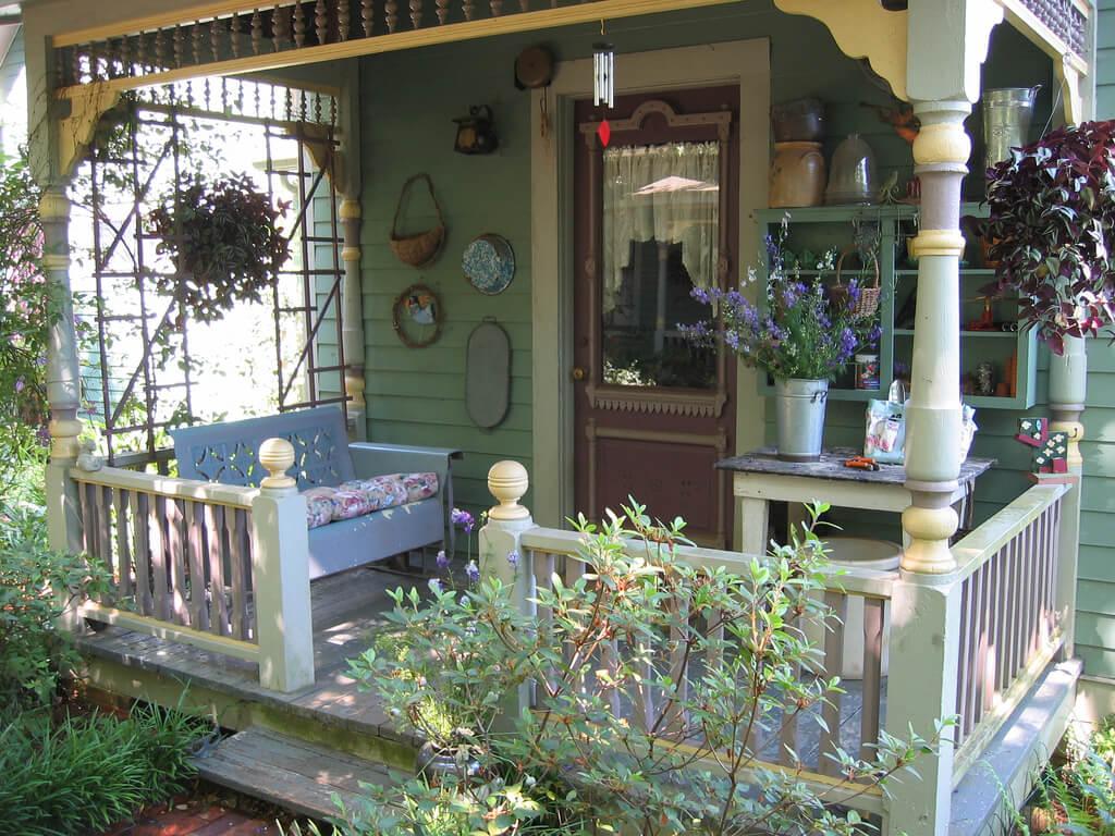 Victorian Warmth Back Porch Layout