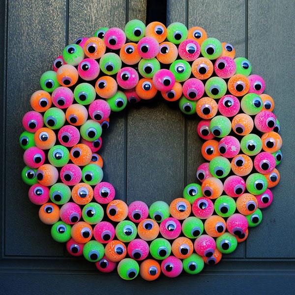 Glowing halloween wreath