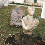 42-mummy-halloween-decoration-homebnc