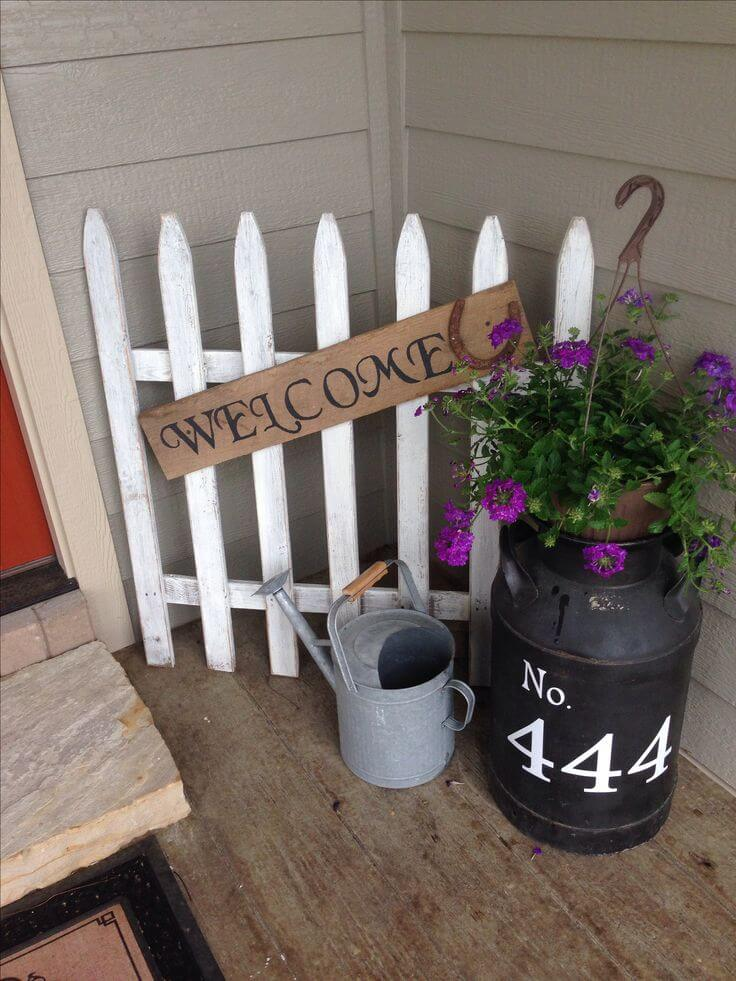 A White Picket Fence Welcome